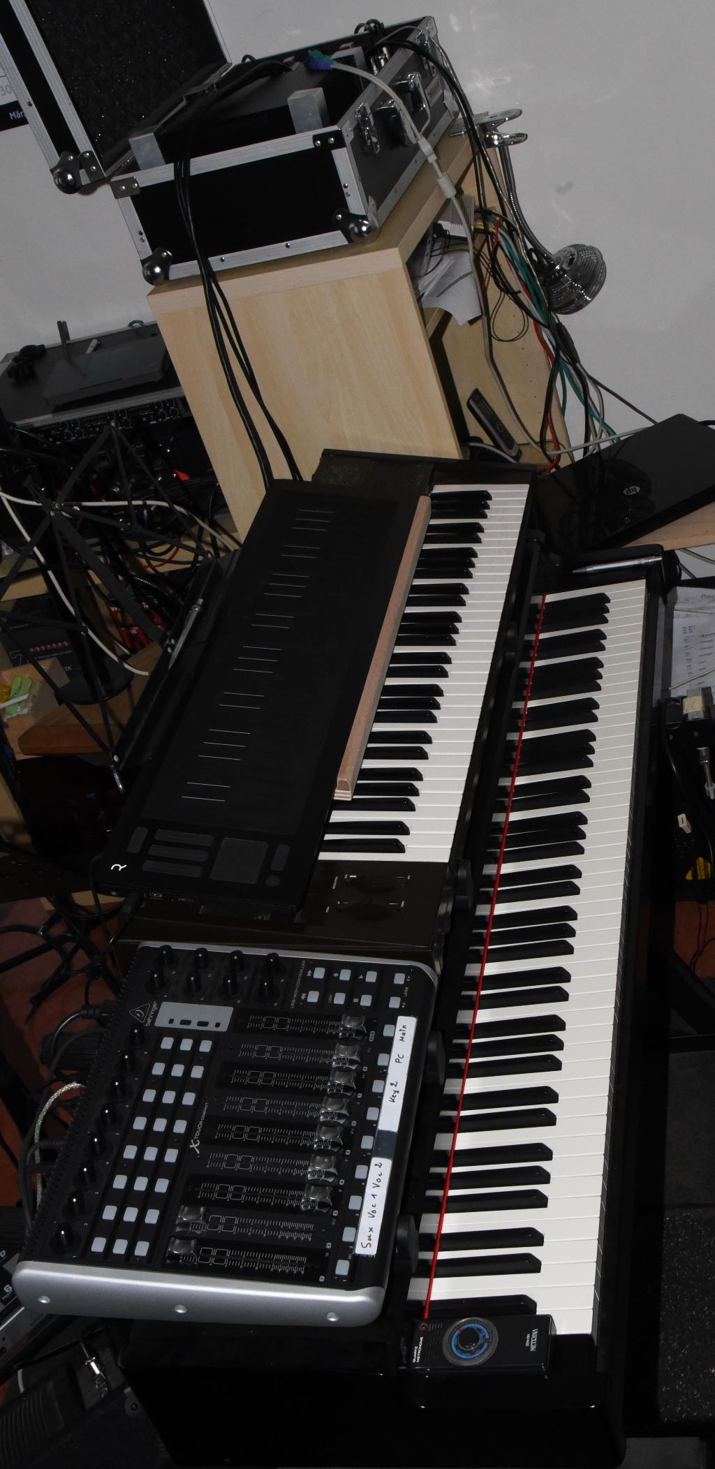 Building my Dream Moog Unit Modular Synthesizer --- - Cockos